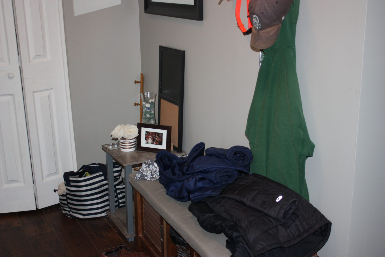 Harms Entryway Before