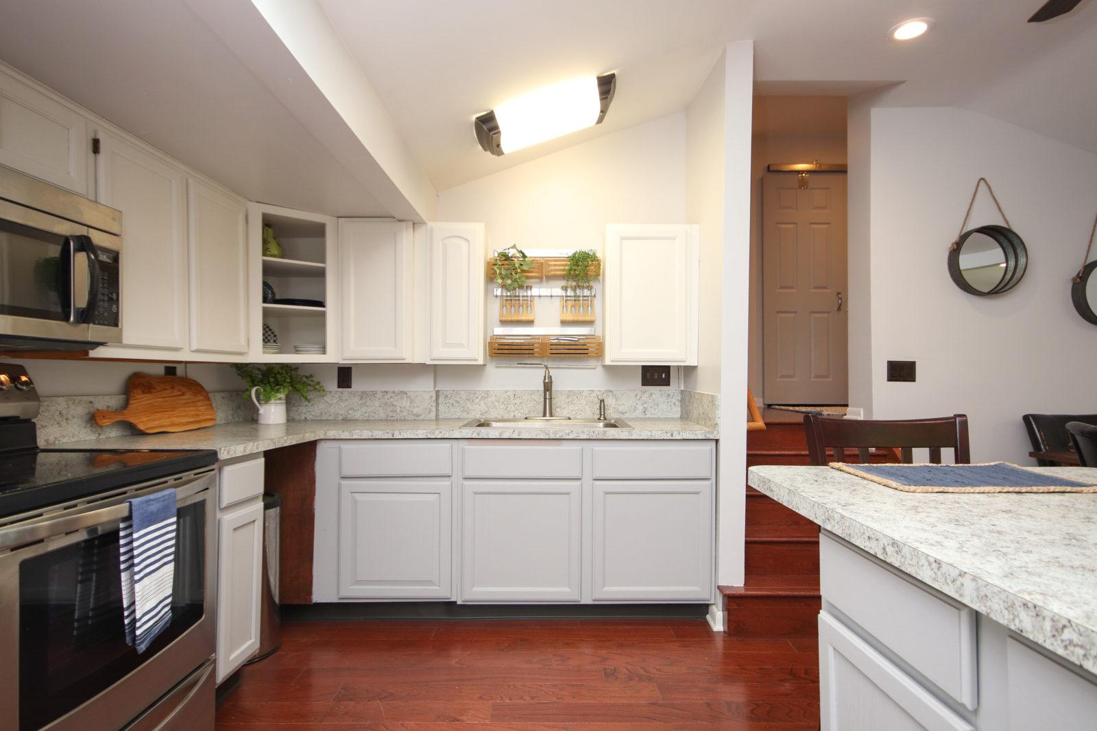 Hillside Kitchen After (5)